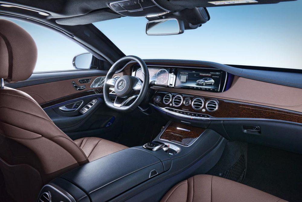 Mercedes S-Klasse Armaturenbrett
