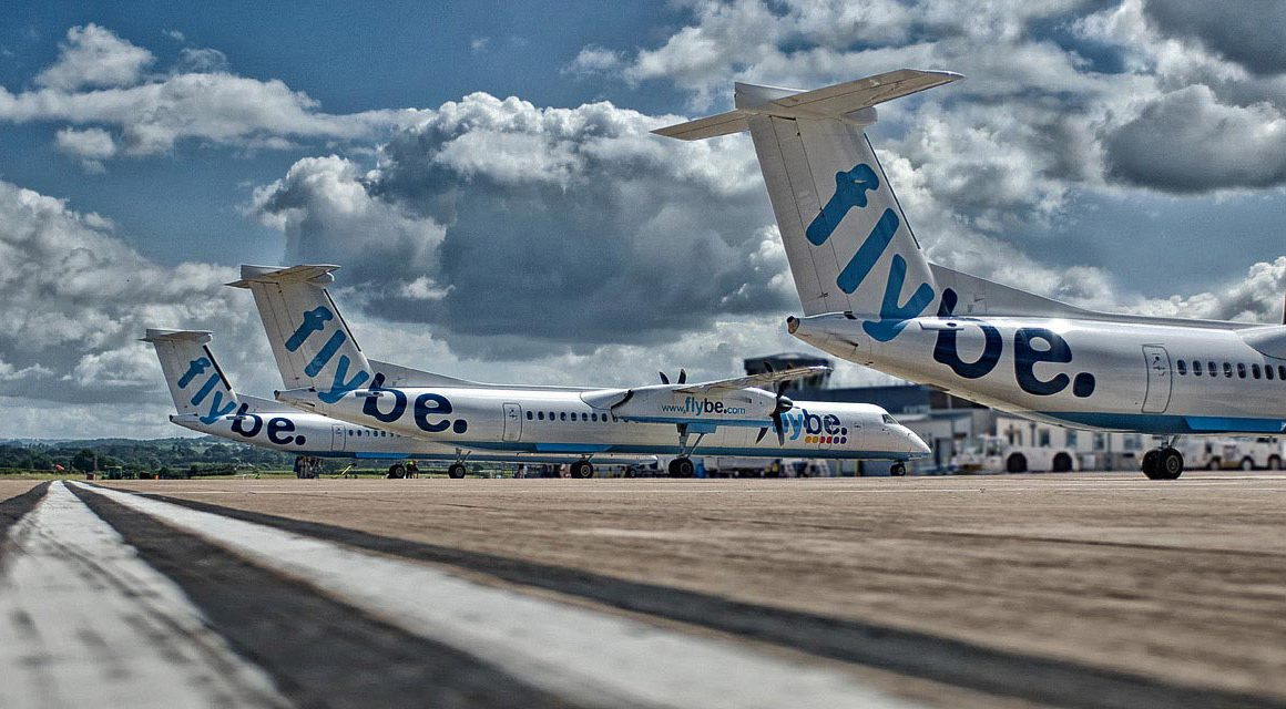 FlyBe Passagiermaschinen auf Flugfeld