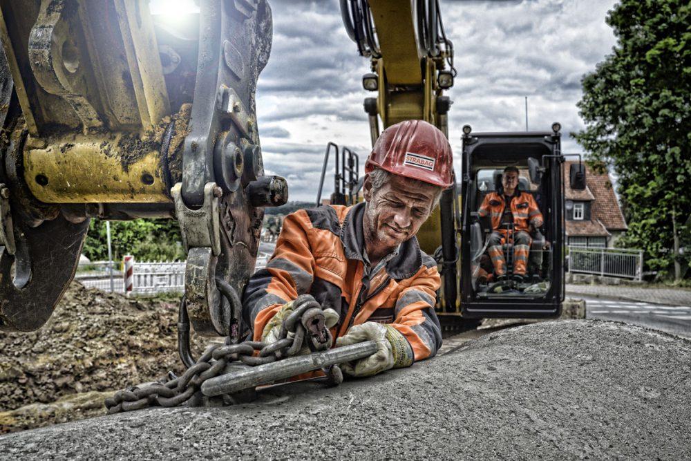 Arbeiter im Kanalbau
